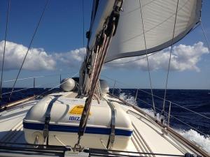 sailing-boat-640